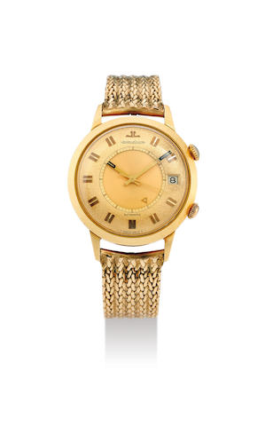 Jaeger-LeCoutlre. A 18K Yellow Gold Automatic Bracelet Watch