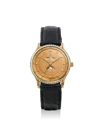 Omega. An 18K Yellow Gold and Diamond-bezel Wristwatch with Day, Date and Moon-Phases