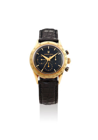 Universal. A Rare Yellow Gold Chronograph Wristwatch with Black Dial, With box and guarantee card