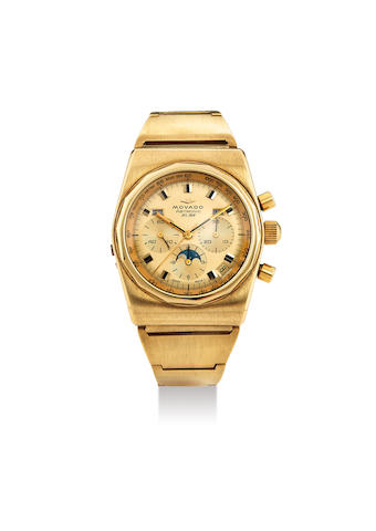 Movado. A Very Rare Yellow Gold Triple Calendar Chronograph Wristwatch with Moonphases and Bracelet