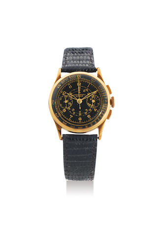 Universal. A Yellow Gold Chronograph Wristwatch with Black Dial