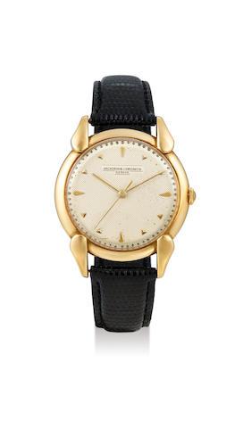 Vacheron Constantin. A Rare Oversized Yellow Gold Centre Seconds Wristwatch with Textured Dial, Circa 1955