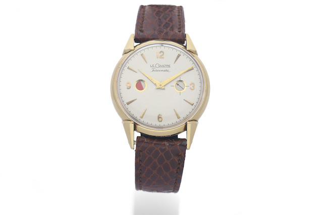LeCoultre. A 14K Yellow Gold Wristwatch with Power Reserve